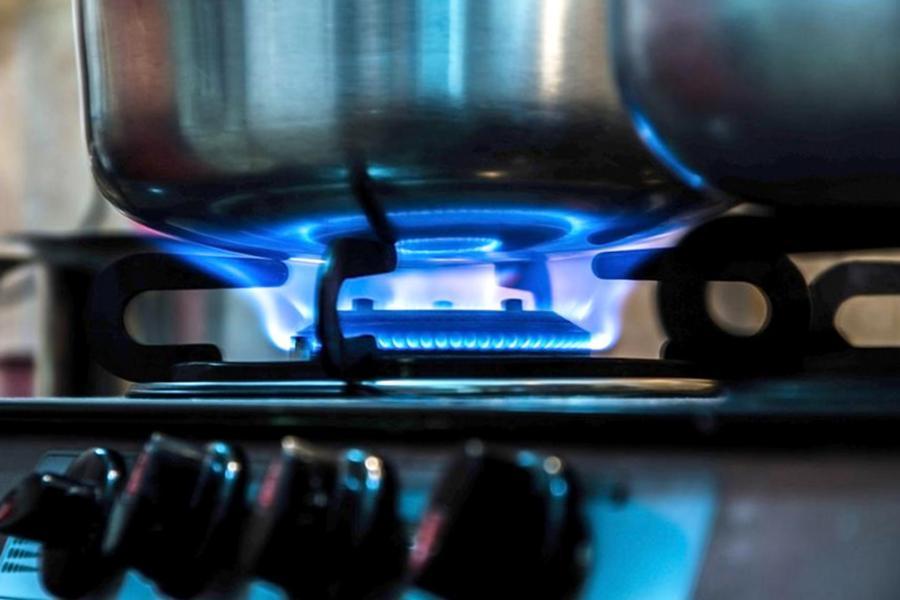 Las distribuidoras de gas pedirán hasta 35% de aumento en sus tarifas