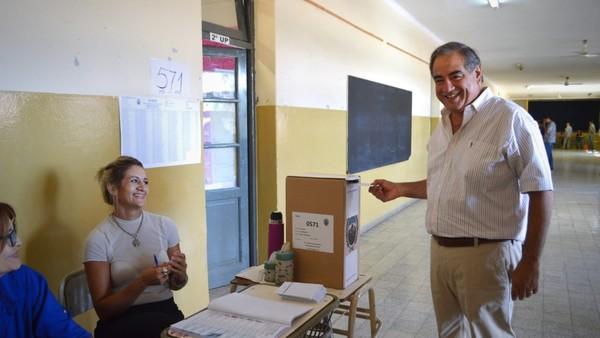 Un senador de la UCR descarta ir a una interna en Cambiemos pero pide que el candidato a vice sea radical