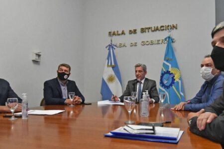 Arcioni firmó el convenio marco con Nación para concretar el dragado de Puerto Rawson