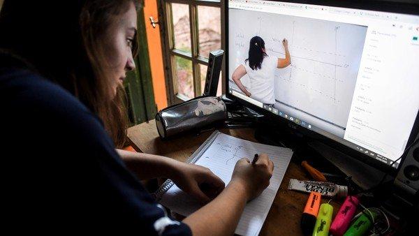 vuelta-a-clases:-cinco-dispositivos-para-mejorar-la-experiencia-de-aprender-desde-casa