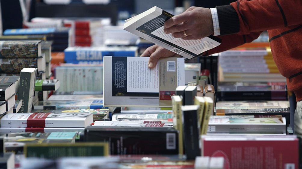 acuerdan-con-la-industria-editorial-impulsar-la-edicion-e-impresion-de-libros-en-el-pais