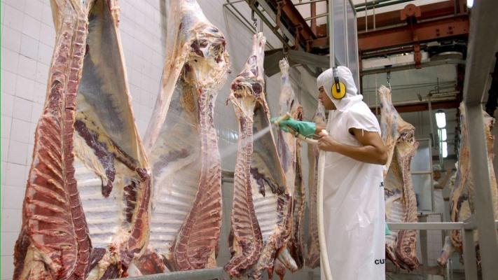 el-campo-ira-al-paro-por-la-extension-del-cepo-a-las-exportaciones-de-carne