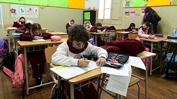 en-chubut-los-estudiantes-volveran-a-las-aulas-de-lunes-a-viernes-en-horario-completo