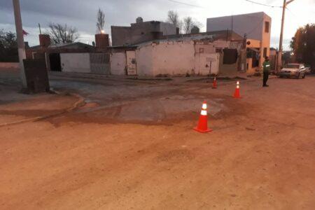trelew:-vecinos-del-barrio-planta-de-gas-se-vieron-afectados-por-el-derrame-de-liquidos-que-provocaban-malestares-fisicos