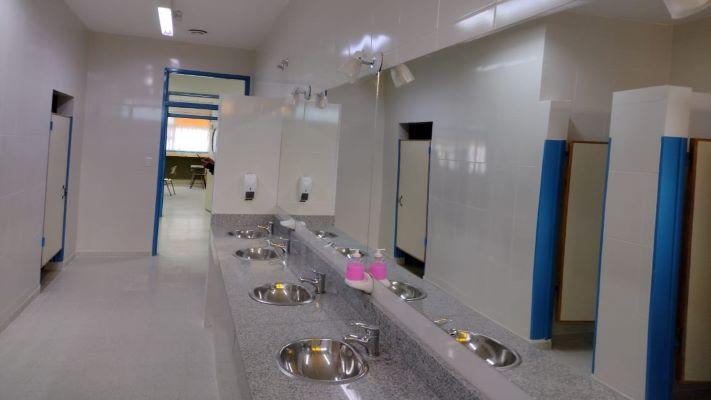 repararon-los-banos-de-la-escuela-710