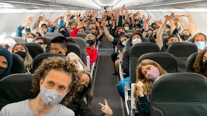 a-partir-de-octubre-las-provincias-podran-autorizar-los-viajes-estudiantiles