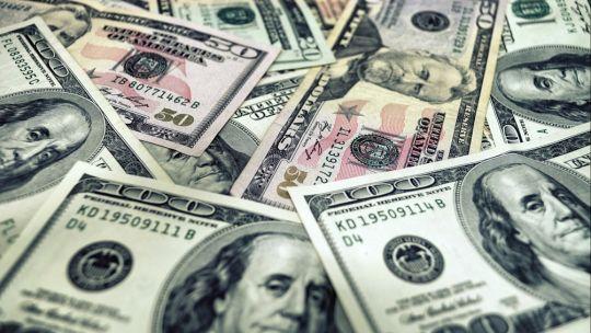 dolar:-cambio-la-tendencia-en-los-mercados-tras-el-auge-de-las-paso