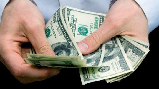 el-dolar-blue-se-mantiene-en-su-valor-record